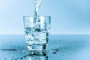 5 lý do bạn lên uống nước mỗi ngày